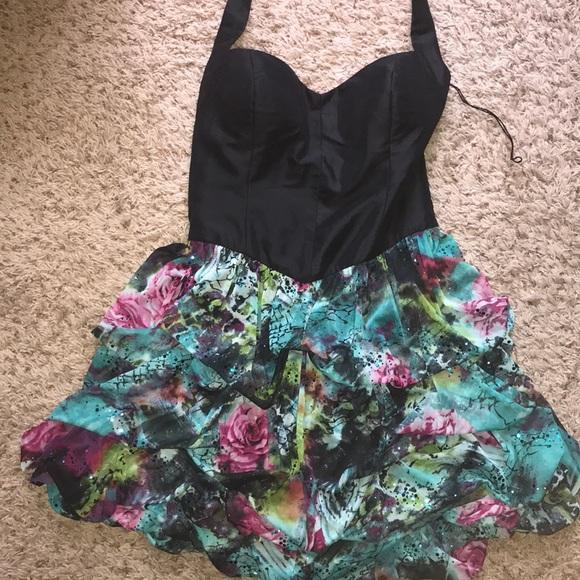 Arden B Dresses & Skirts - Arden B cocktail dress